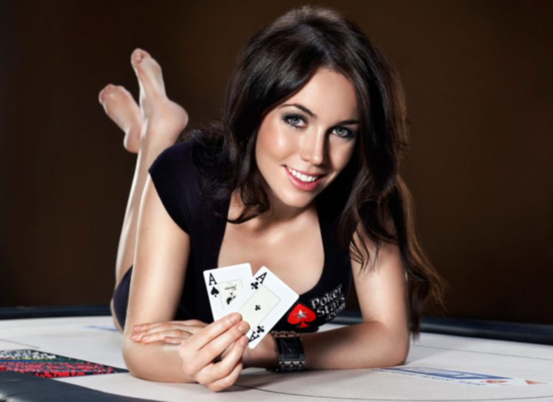 Texas Hold'Em Tournament Strategy – Play Your Hand